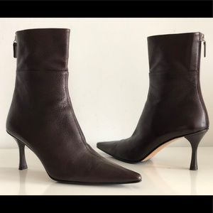 GUCCI CHOCOLATE PEBBLED LEATHER POINTED TOE